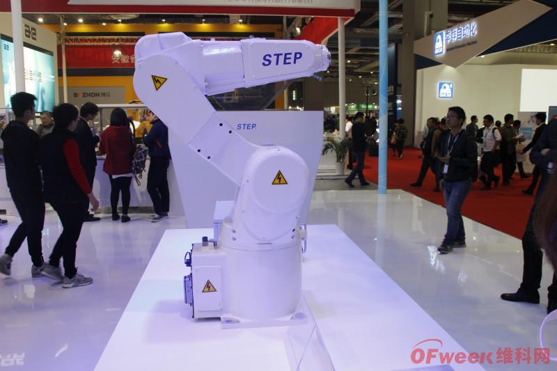新时达又一万台工业智能机器人工厂投产!今年扩增产能已超2万台